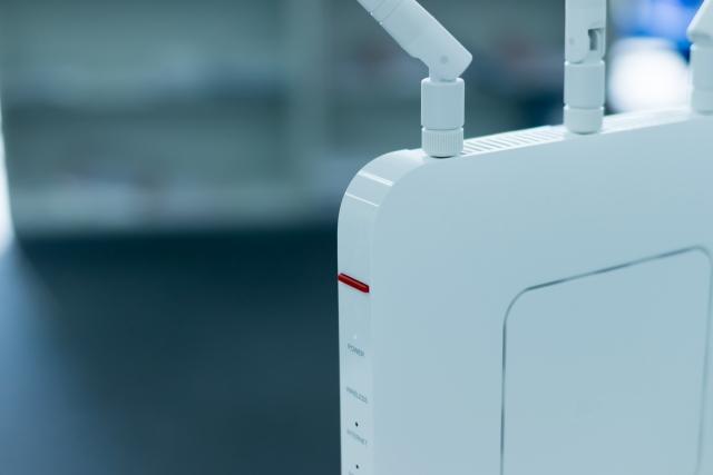 Wi-Fiルーターとは?家庭用と業務用の違いは?